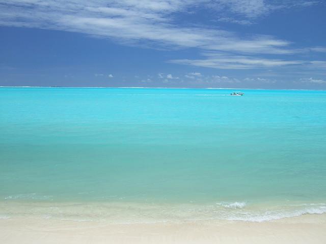 """一生に一度は行きたいビーチリゾート""""タヒチ""""の意外な別の顔"""