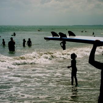 今年こそサーフィンしてみようと思う人へ