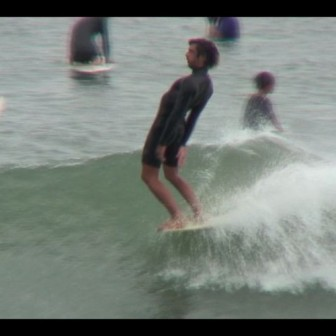 フレンチロガー・ホヴァンのトリッキーサーフィン|BLUERサーフムービー
