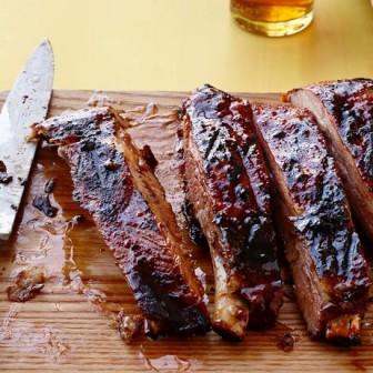 ガツンと分厚いお肉でポークリブBBQにチャレンジ!
