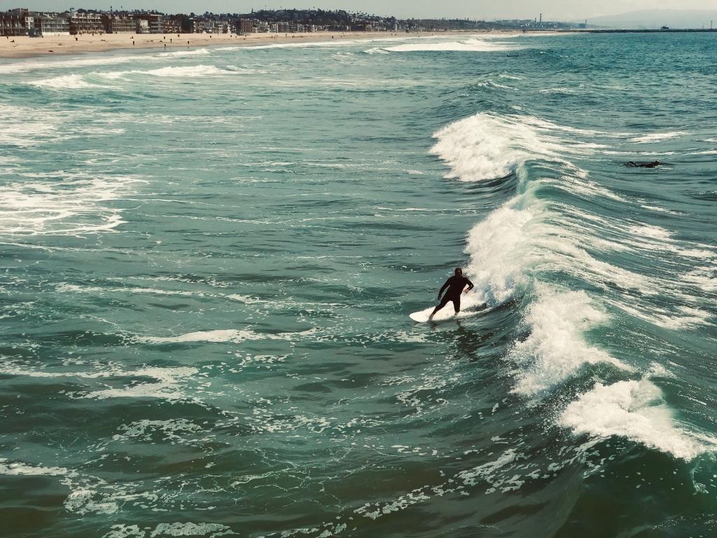 サーフィンは「思考停止」=ジェリー・ロペスの「禅マインド」論