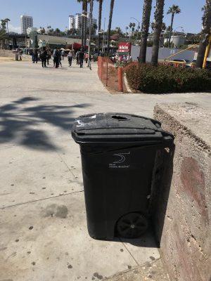 ゴミ拾いは素晴らしい。がしかし、収集されたゴミの行方は凄まじい。